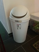Sterilize Trash can 42qt (40lt) in Ramstein, Germany