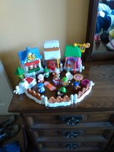 Fisher price little people christmas shops in Batavia, Illinois