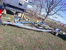 17 ft boat trailer in Fort Leonard Wood, Missouri