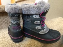 Young Girl Snow Boots in Fairfield, California