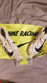 Nike womens Size 8 track cleats in Spring, Texas