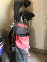 right handed golf club set in 29 Palms, California