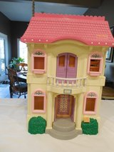 Pink Roof Doll House - Many Rooms W/Furniture and People in Sandwich, Illinois