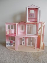Barbie LARGE Townhouse W/Spiral Stairs and Furniture/Dolls/Cars in Sandwich, Illinois