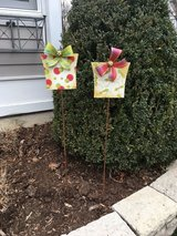 NEW Pair of Outdoor Metal Christmas Decorations - Red/Green Present Design in Glendale Heights, Illinois
