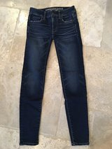 LIKE NEW American Eagle Outfitters Dark Wash Jeggins - Size 00 Regular in Naperville, Illinois