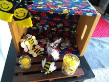 Lot of Misc Bee Items in Tinley Park, Illinois