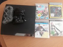 PlayStation 3 with 2 controllers and 4 games in Stuttgart, GE