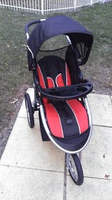 Baby Trend jogging stroller in Warner Robins, Georgia