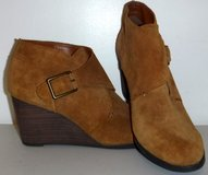 New! Lucky Brand Sz: 8.5M Sumarah Suede Wedge Ankle Boots / Booties in Chicago, Illinois