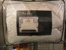 Queen Size Comforter with Shams in Beaufort, South Carolina
