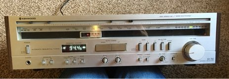Kenwood KR-750 AM/FM RECEIVER in Beaufort, South Carolina