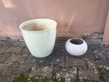 large pot & planter in Ramstein, Germany