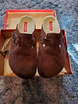 Ladies Union Bay Dark Brown Clogs Fur Lined in Fort Riley, Kansas