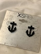 Black Anchor Rhinestone Stud Fashion Earrings in Okinawa, Japan