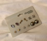 Assorted Fashion Stud Earring Set in Okinawa, Japan