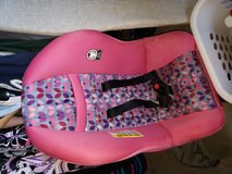 Cosco convertable car seat in San Antonio, Texas