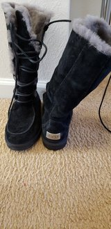 Ladies uggs winter boots in Fort Gordon, Georgia