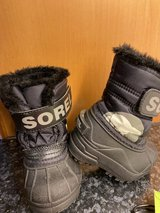 Winter Boots Size 4C (Toddler) in Stuttgart, GE