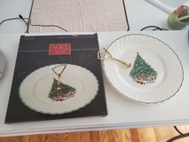 1985 Noel Tidbit Tray Porcelain The House of Salem Christmas Tree NEW in Brookfield, Wisconsin