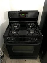 GE Free-Standing Gas Range Oven in Wheaton, Illinois