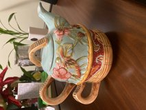 Tracey Porter teapot / cup set in Eglin AFB, Florida