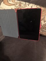 iPad Mini 2 w/WiFi and Cellular in Fort Campbell, Kentucky