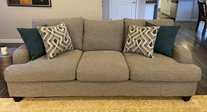 "Like-new comfy sofa, 93"" long in Tacoma, Washington"