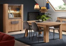 United Furniture - Izzy Dining Set includes - China - Exstension Table - 4 Chairs - Delivery in Spangdahlem, Germany