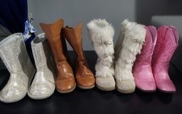 Toddler Girl sz 9 Boots in Fort Campbell, Kentucky