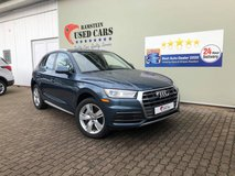 2018 Audi Q5 2.0T Premium quattro with warranty in Hohenfels, Germany