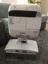 Projector - Epson PowerLite 575W - WXGA 3LCD Projector with Speaker in San Antonio, Texas