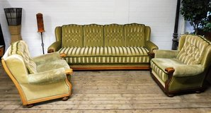 4 Seater Green Couch with Oak Frame and 2 Lounge Chairs in Baumholder, GE