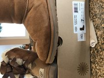 Ugg w/Bailey Bow in St. Charles, Illinois