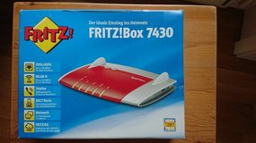 FRITZ!Box 4730 high speed wireless router (excellent condition in box with all cables) in Stuttgart, GE