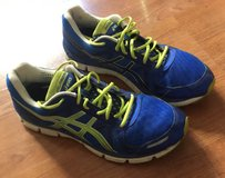 Men's size 12.5 Asics T222N Running Shoe in Camp Pendleton, California