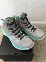 Youth Shoes Curry 2 in Fairfield, California