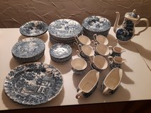 """Antique porcelain set """"The Hunter by Myott"""" 65 pieces in Spangdahlem, Germany"""