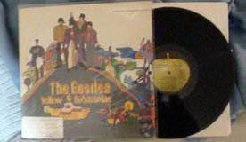 BEATLES YELLOW SUB [ORIG. VINYL APPLE LABEL] in Schaumburg, Illinois