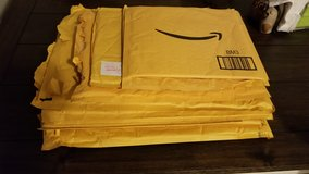 Padded mailers in Bolingbrook, Illinois