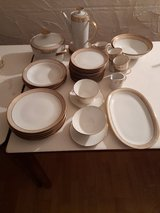 Winterling coffee and dining service 45 pieces gold rim in Spangdahlem, Germany