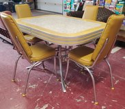 Vintage 1950's Dining Table with 4 Chairs in Alamogordo, New Mexico