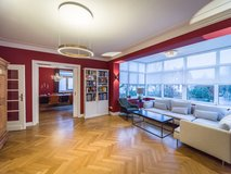 NO FEE*PAUL & PARTNER* RENOVATED AND LUXURIOUS APARTMENT PARTLY FURNISHED ! in Wiesbaden, GE