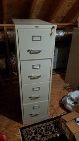 4 drawer file cabinet with lock/keys in Camp Lejeune, North Carolina