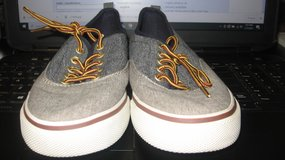 Old Navy Boys Canvas Shoes in Fort Campbell, Kentucky