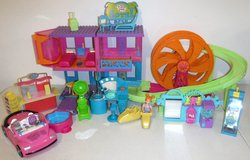 Polly Pocket Doll Roller Coaster Hotel Arcade Hair Salon + Car in Bolingbrook, Illinois