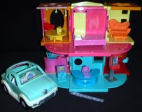 Vintage Polly Pocket Doll House w/furniture + Car in Bolingbrook, Illinois