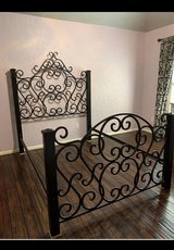 wrought iron bed frame (full size) in Bellaire, Texas