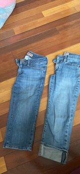 Women's Gap denim capri's size 2 in Plainfield, Illinois