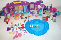 Vintage '99 Polly Pocket Doll Fashion Boutique BBQ Pool n Pets in Westmont, Illinois